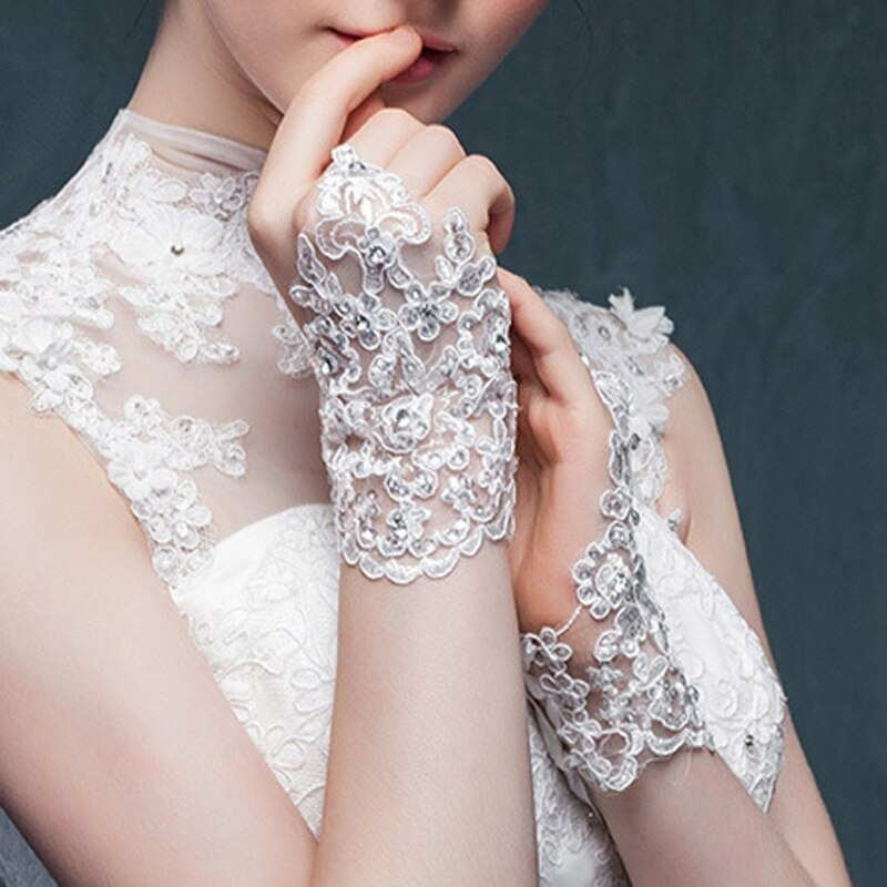 Bridal Gloves Women Fingerless Bridal Gloves Elegant Short Paragraph Rhinestone White Lace Glove Wedding Accessories